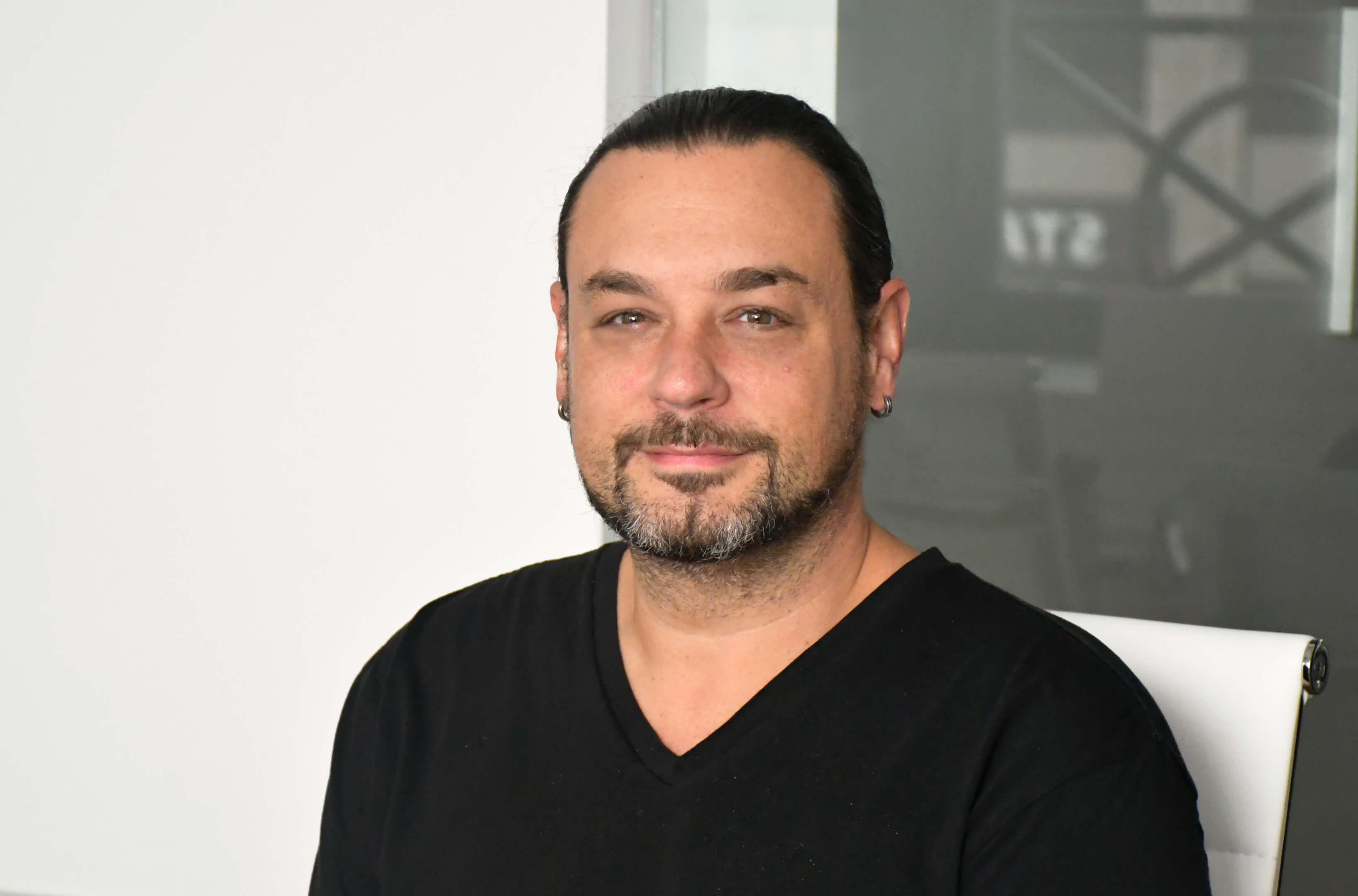 Dwight Zahringer